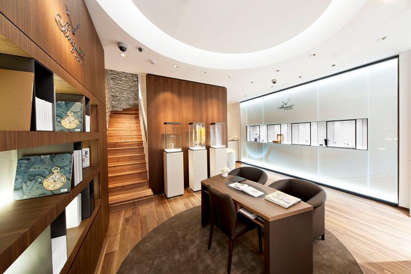 BREGUET Apre a Milano la prima Boutique Italiana