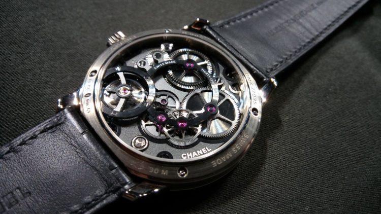 movimento meccanico di manifattura Chanel Calibre 1