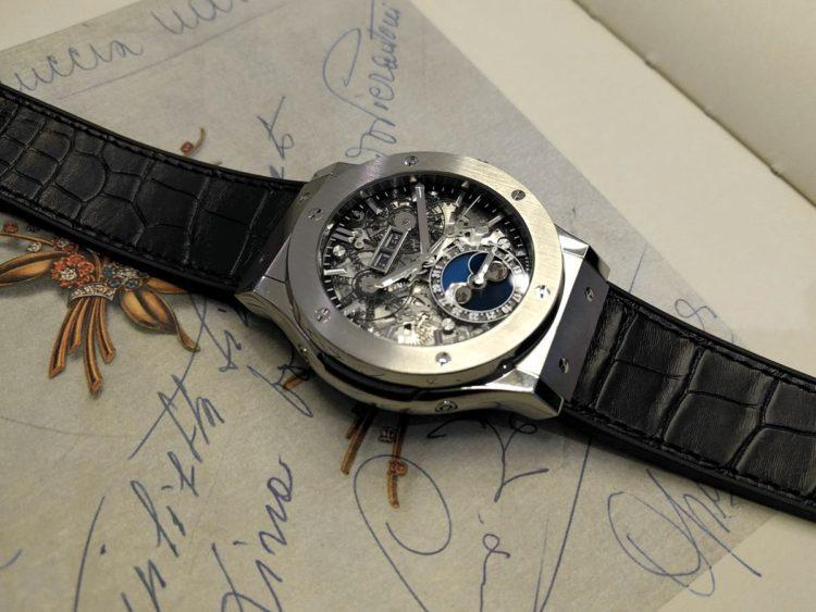 Hublot Classic Fusion Aeromoon Copia orologi