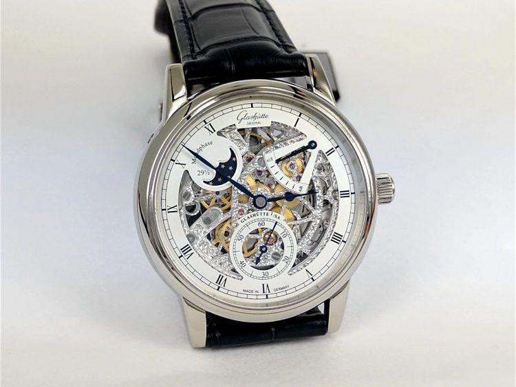 Glashütte Original Senator Moon Phase Skeletonized Edition Oro Bianco