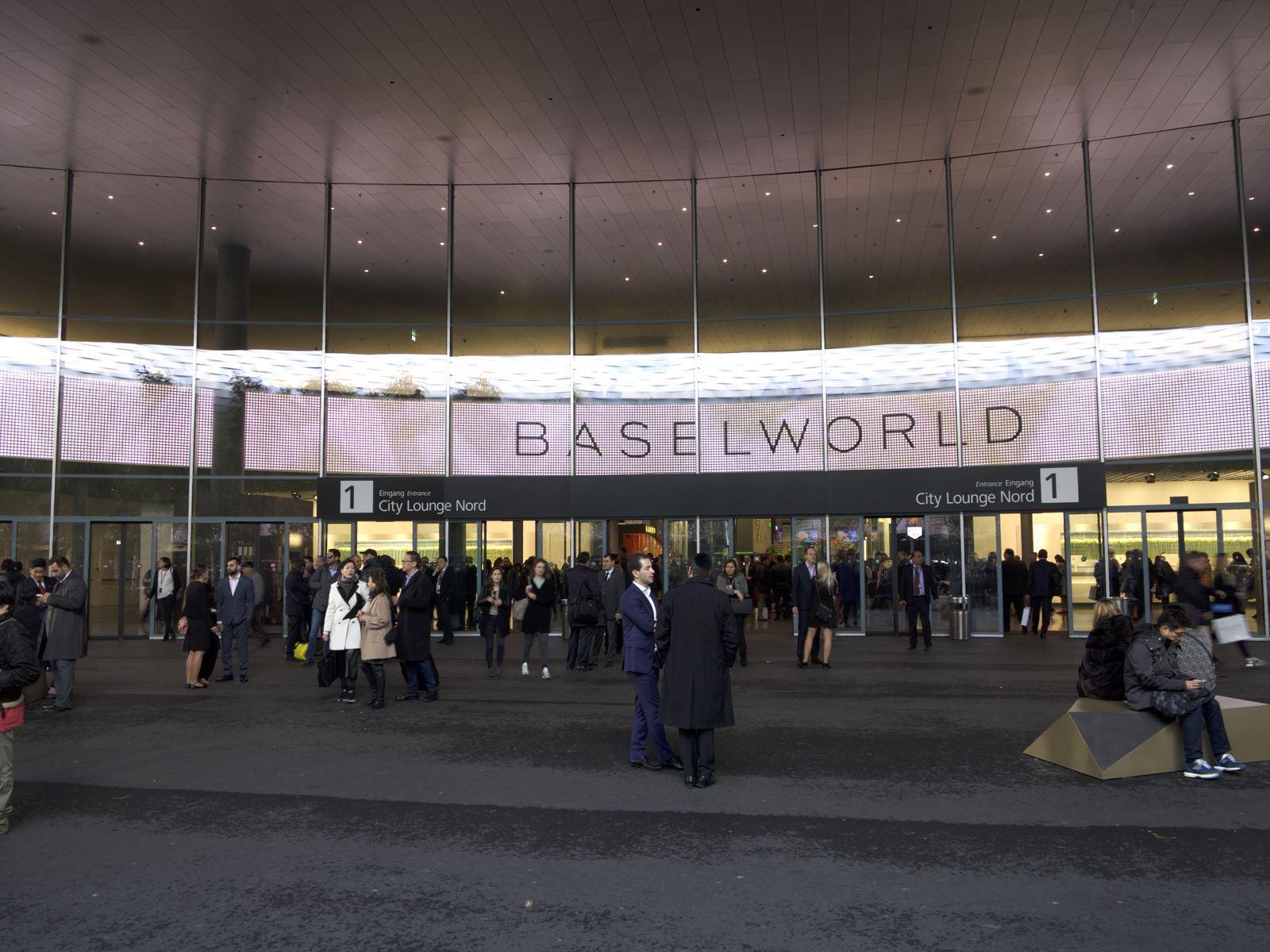 Baselworld 2019 Risponde alla Rinuncia di Swatch Group  06bc2261070